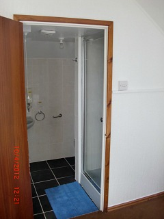 Abersoch Self Catering Upstairs Ensuite Shower Room